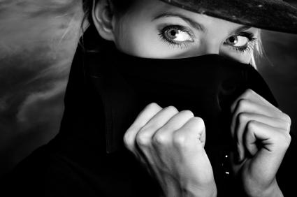 woman-spy1
